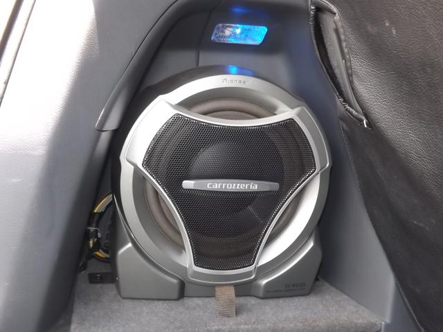 車内にはカロッツェリアスピーカー装備!