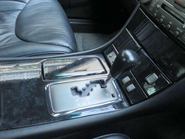 トヨタ セルシオ B仕様 eRバージョン SSRマークIIIホワイトスポーク