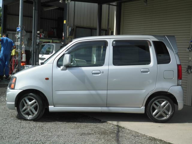 ワンオーナー 純正アルミ 4WD タイミングチェーン フロアオートマ車 カーコレは【Total Car Life Support】をご提供してまいります。http://www.carkore.jp/