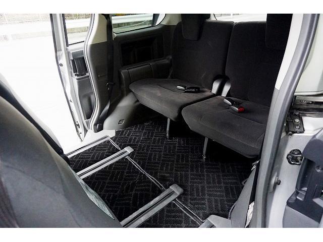 トヨタ ヴォクシー X L-ED 左電動ドア HID 1年保証 女性1オーナ禁煙