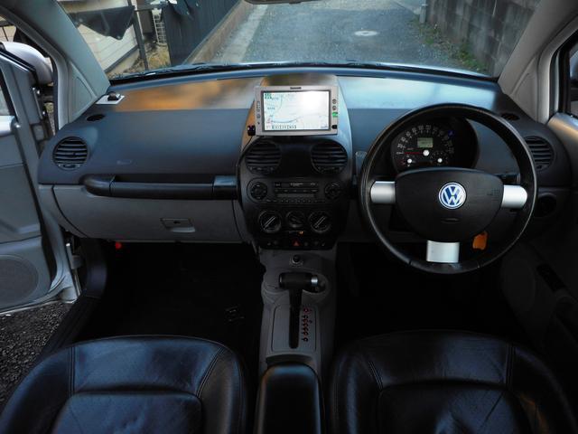 フォルクスワーゲン VW ニュービートル プラス 黒レザー サンルーフ