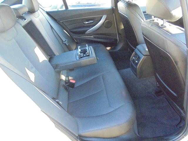 BMW BMW 320d Mスポーツ 黒革シート ワンオーナー 買取車
