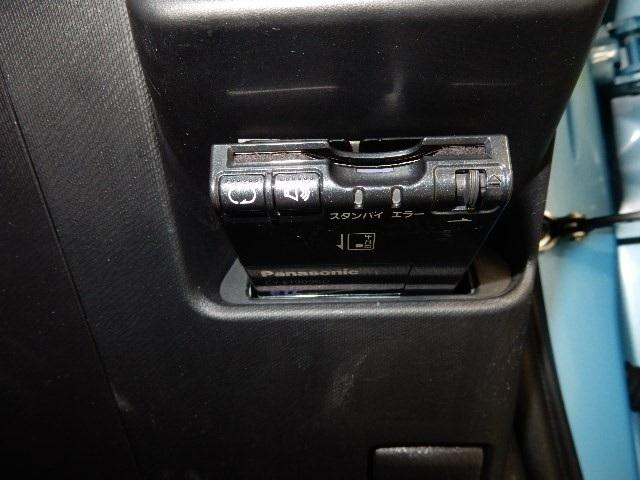 トヨタ アクア S 3年保証・HDDナビ・DVDビデオ再生・ETC