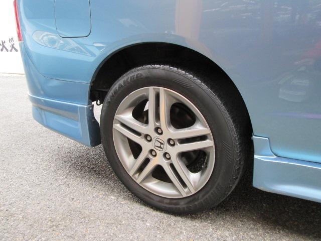 タイヤ交換なども格安でご提供しております。国産タイヤから輸入タイヤまで幅広く取り扱っておりますのでお気軽にご相談下さい!