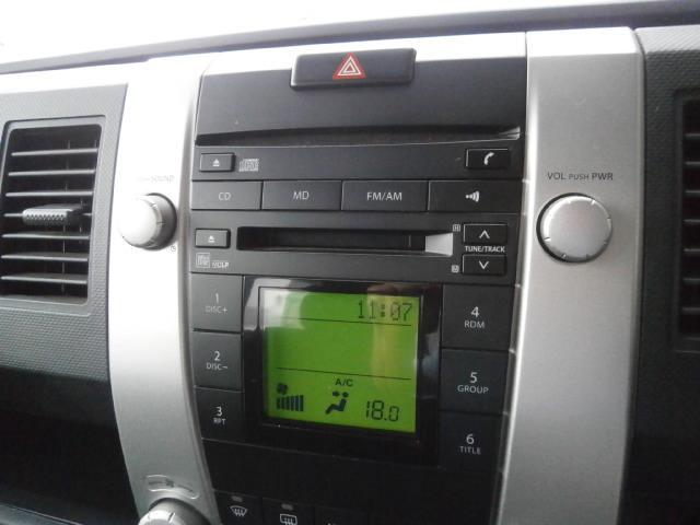 ドライブに音楽は必需品ですね!