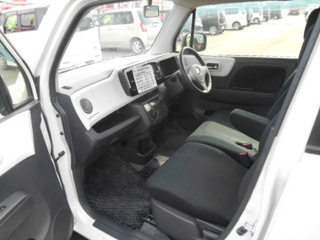 綺麗な室内で抗菌ルームクリーニング済みで運転も快適な一台です!さらに運転しやすいインパネAT車!落ち着いて乗れるお車をお探しの方はこちらのMRワゴンはいかがでしょうか!乗ってご確認下さい!お気軽に