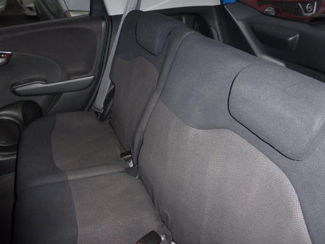 フルオートエアコンで車内はいつも快適です^^