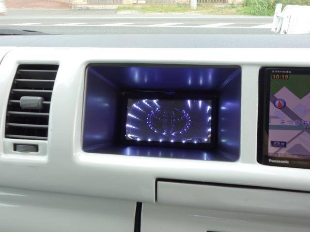 トヨタ ハイエースワゴン GL 大型フリップダウンM LEDヘッド パワースライド