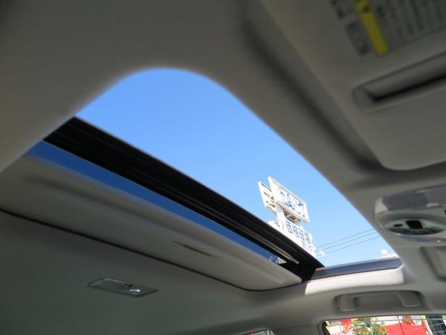 トヨタ プリウス S LEDエディション ワンセグ純正メモリーナビTV