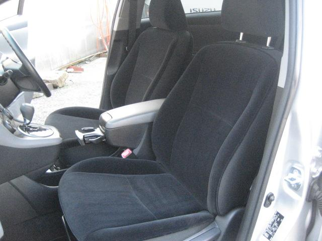 トヨタ マークXジオ 240ファイブスタイル
