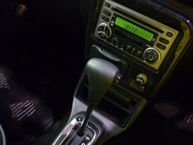 オーディオは当時のままで、CDデッキ・MDデッキ・AM/FMラジオが装備となっております。