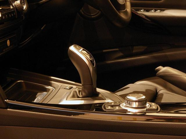 BMWアルピナ アルピナ B3 ビターボ リムジン 右ハンドル ピアノブラックトリム 禁煙車