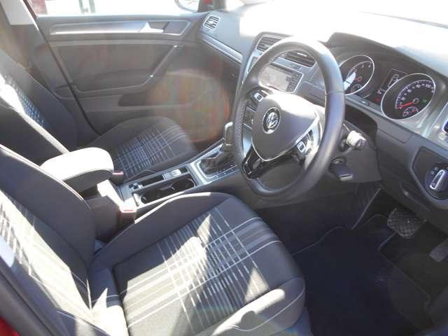フォルクスワーゲン VW ゴルフ ラウンジ HDDナビ TV Bカメラ