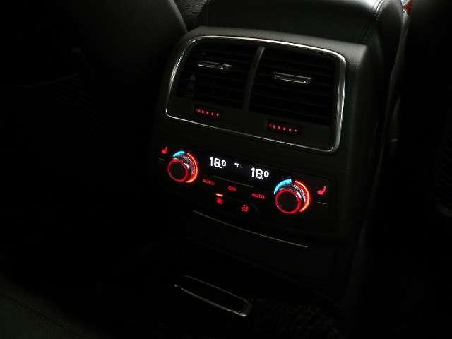 アウディ アウディ A7スポーツバック 3.0TFSIクワトロ 4WD