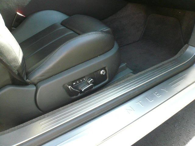 ベントレー ベントレー コンチネンタル GT 4WD '06年モデル 正規ディーラー車