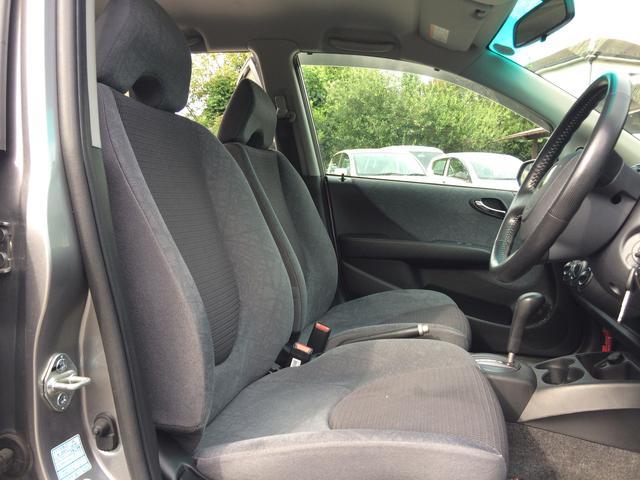 メインでお使いになられる運転席シートのくたびれも感じさせません!
