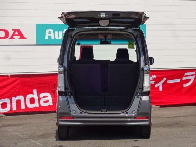展示車両は、すべて厳しい基準をクリアした認定中古車のみ販売しております。