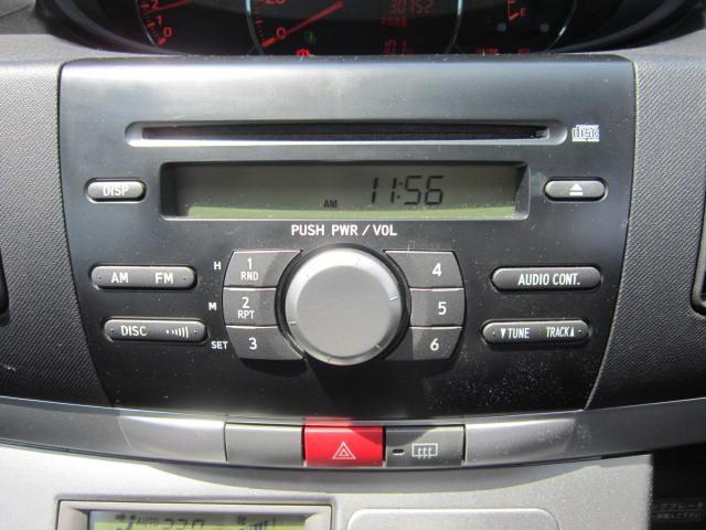 純正のCDプレーヤーが付いていますから、お好きな音楽が楽しめます♪