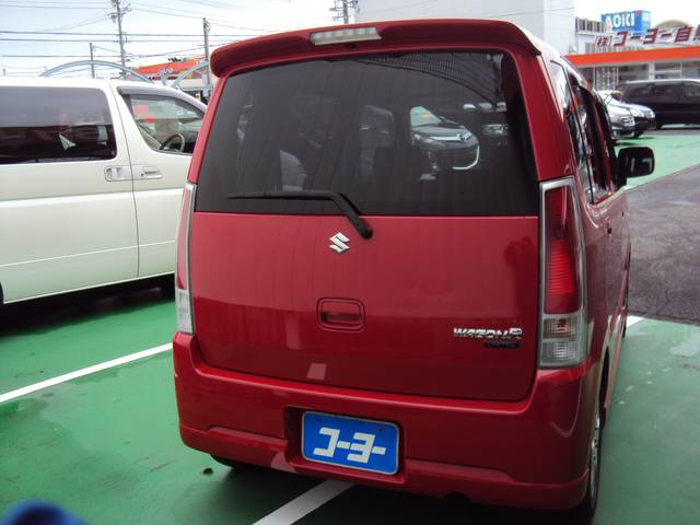 東名インターから3分☆ステーキガストさん向かい、オレンジの車検の看板が目印です☆