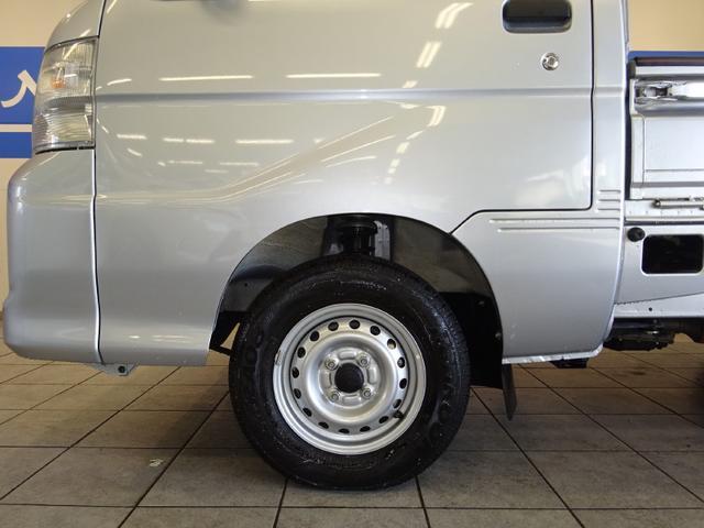 センターキャップOKです!当社は各種高品質、お買い得なタイヤを取り揃えています。メンテナンス時のタイヤ交換の際はぜひ、お声掛けください!