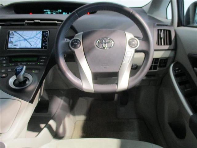 視認性の良い運転席。