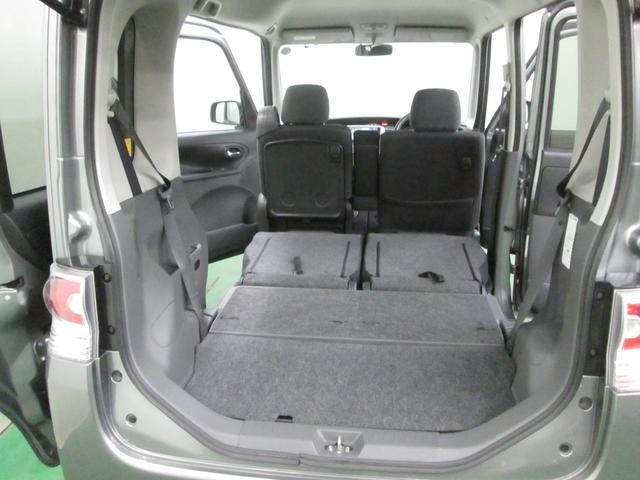 広く快適な居住スペース。シートクッションの座り心地も一層快適なものに・・