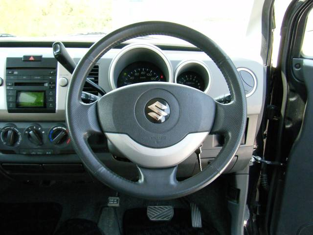 ユーザー買取車 人気のワゴンR 純正エアロ Wエアバック ABS キーレス 純正CD、MDデッキ 内外装美車 程度良好 早い者勝ち!!