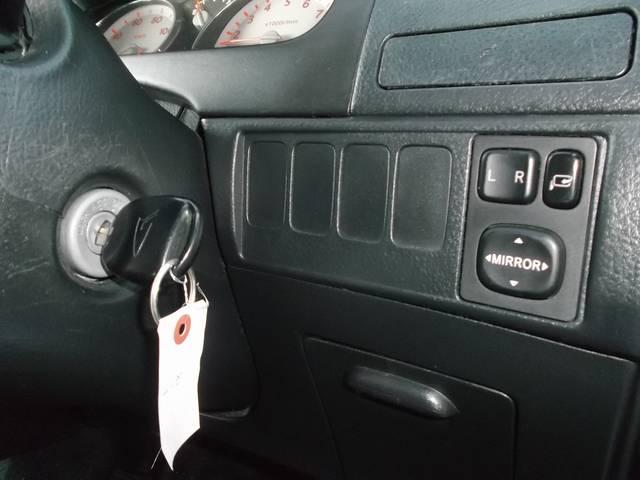 人気のブラック♪ユーザー買取車♪純正エアロ・AW・フォグ・ベンチシート・キーレス・CDMD・4スピーカー・後期型♪格安早い者勝ち♪