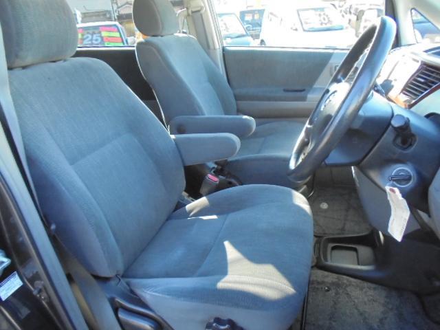トヨタ ノア X Vセレクション 両側スライド ETC キーレス 8人乗り