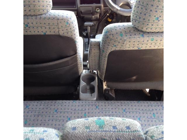 リア席用ドリンクホルダー