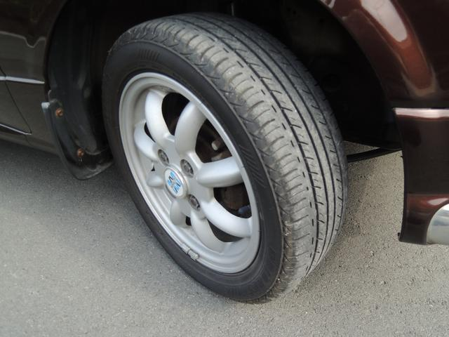 タイヤの山も沢山あります!画像はフロントです。