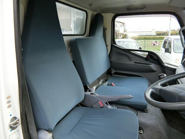 ■シートも座り心地が良く、リクライニングも出来ますのでゆったり運転できます♪■