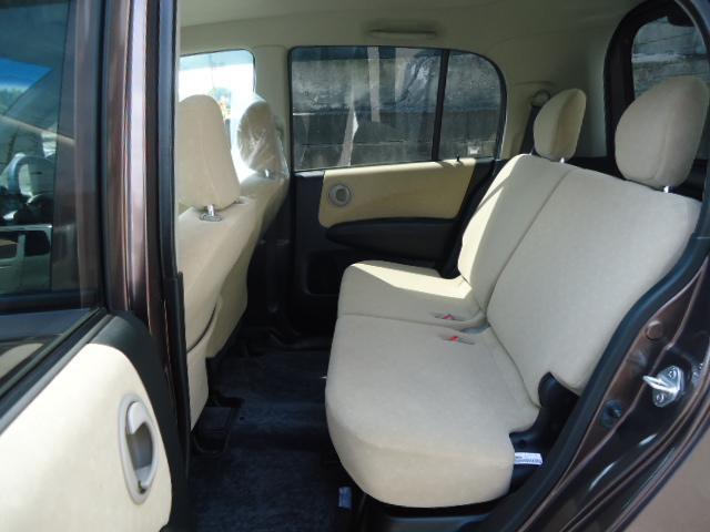 禁煙車でシートは焦げ等無くきれいです!