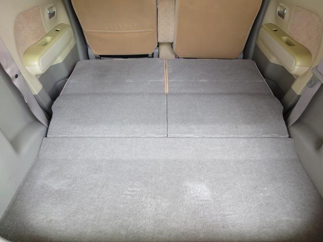 リアシートを畳めばさらにスペース拡大