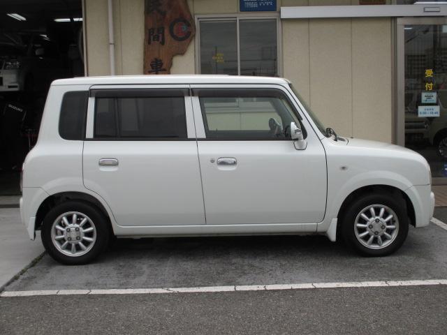 お車の販売だけで終わらず、車検・点検・板金塗装、お車に関することなら、当店にお任せください!!