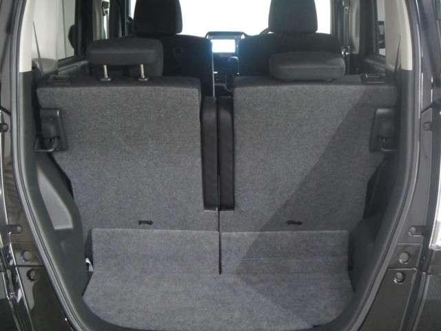 軽自動車でも  やラゲッジスペースの充実は当たり前です 本当に重宝しますよ たくさん荷物を詰めて便利です 是非 お試しください