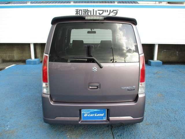 フル装備(エアコン・パワステ・パワーウインド)スマートキー ETC 純正アクリルバイザー フロアマット プライバシーガラス 装着済みの大変お買い得な車です。