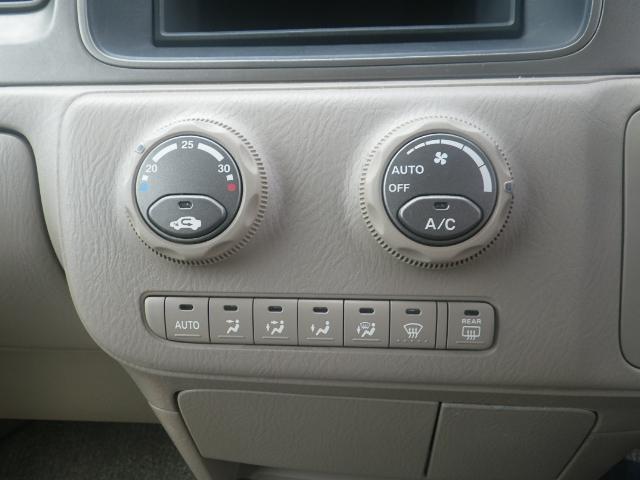 エアコンのコントロールパネルです。