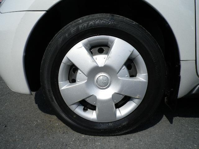 10モード/10・15モード燃費18.0km/リットル   最高出力87ps  ★内装外装クリーニング済み★安心の点検整備付★保証付★   ご購入後、お車のオイル交換を2回無料でさせて頂きます!