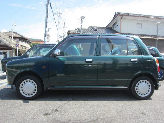 国道1号線沿い、名神高速・京都東インターのすぐ近くにございます!緑の看板が目印です!お近くのお客様は、是非ご来店をお待ちしております!
