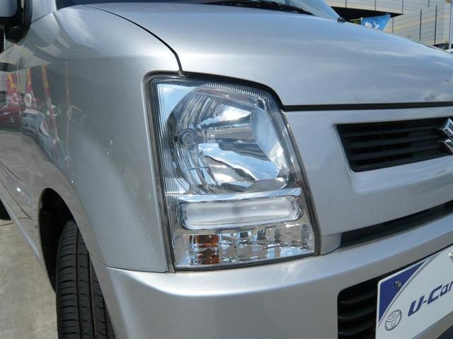 ヘッドライトは本当に明るくて安全です。運転もしやすく、暗い夜道からお客様を守ってくれますよ☆