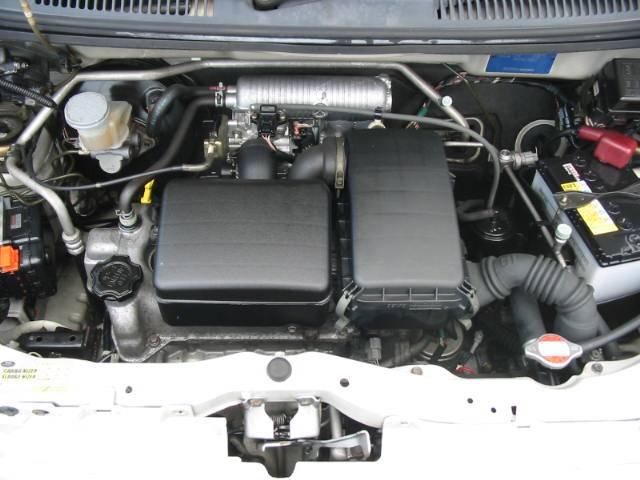 カタログ燃費:19.0Km/ワンオーナーでしっかり整備されて安心です!
