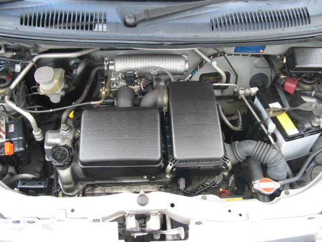 カタログ燃費:18.6Km/L!タイミングチェーンで機関良好安心です!