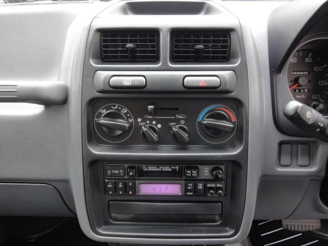 新品CDデッキ交換パックご利用で、iPhone等が使えるKENWOODのCDデッキに交換可能です♪