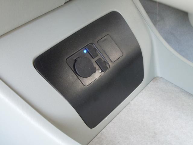 社外シガーソケット&USBケーブル!