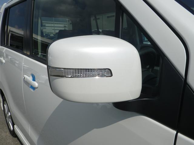 ウィンカーミラー付きで、見た目もバッチリ!周りの車に「ウィンカー・ハザード」を気づいてもらいやすい(^^)/ 安全・安心 の装備です。