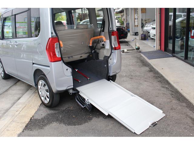 スローパーL 福祉車両 車いす移動車(14枚目)