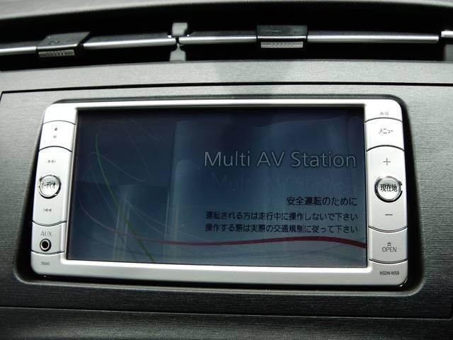 SDナビゲーション搭載☆DVD再生可能!長距離のドライブでもラクラクですよ☆