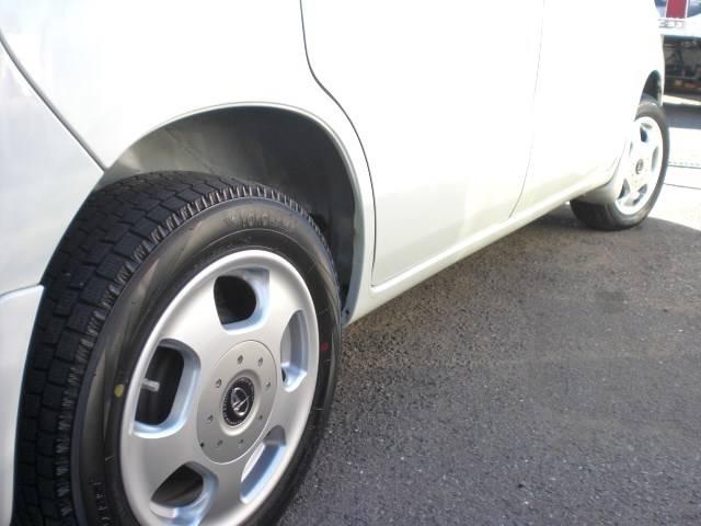 ◎社外13インチアルミがポイントです!!タイヤはこれから安心スタッドレスです!!