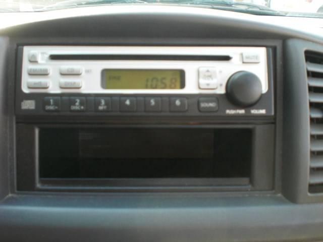 ◎純正CDで音楽も十分楽しめますよ!!!ドライブも快適♪♪